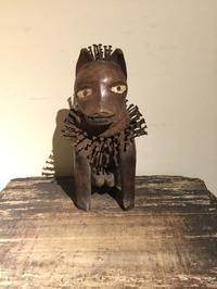 アフリカ コンゴ バコンゴ族 魔除けの木彫像 - MANOFAR マノファー