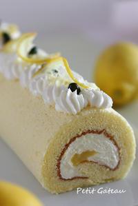 レモンのロールケーキ - 気ままなdiary♪