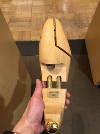 シュートリーをオススメする訳。。。(・∀・) - 日本橋三越2F 靴修理・靴お手入れ工房スタッフの日常(シューリペア工房)