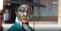 君主第3•4回放送、ドラマ画像その2〜世子であると明かすユ・スンホニム☆ - 2012 ユ・スンホとの衝撃の出会い
