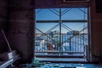★廃マンションの窓から - 一写入魂