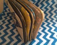 長財布3つ - グルグルと菱
