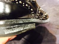 カビの時期がやってきました。 - 銀座三越5F シューケア&リペア工房<紳士靴・婦人靴・バッグ・鞄の修理&ケア>