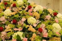 テーブル花  ミニアレンジ - 北赤羽花屋ソレイユの日々の花