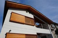 隠し框木製建具引込ガラス-網戸のポイント - アトリエMアーキテクツの建築日記