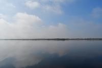 春の陽気のウトナイ湖 - やぁやぁ。