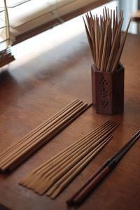 うちの菜箸と箸 - Happy Days