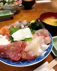 海鮮スペシャル丼♪ - 真夜中のひとりごと