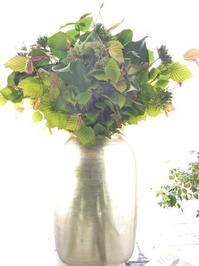 グリーンブーケ - お花に囲まれて