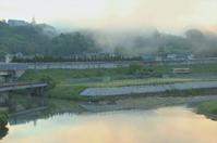 朝陽に照らされる霧 - ゆる鉄旅情
