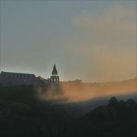 朝陽に照らされる霧2 - ゆる鉄旅情