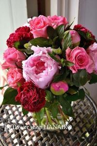 今が旬!芍薬の花束を贈りませんか? - 花色~あなたの好きなお花屋さんになりたい~