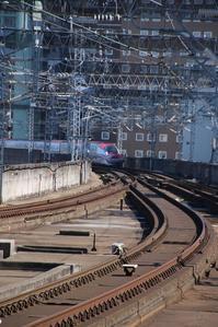 北朝鮮の狙いは、何故にこんなに挑発するのか・・・日本の政治はこれで良いのか、仙台駅新幹線の写真を紹介 - 藤田八束の日記