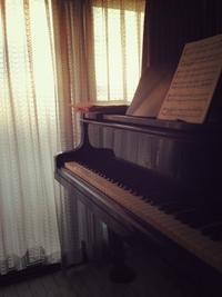 クラシック出身のピアニストが弾くポップスはキマらない?! - ピアニスト&ピアノ講師 村田智佳子のブログ