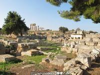 ローマ時代のアゴラ 古代コリントス - 日刊ギリシャ檸檬の森 古代都市を行くタイムトラベラー