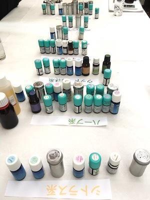 """香りを楽しむ/アロマロールオンの製作 - 英国メディカルハーバリスト&アロマセラピストのブログ""""Herbal Healing 別館"""""""