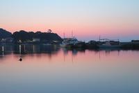 鴨井漁港(朝の訪れ) - 写真で残す都筑の風景