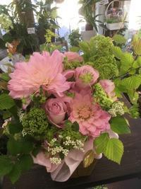 週末は健康的に【カキラ部】でヘルシーライフ☆部長のお庭は花盛り - ルーシュの花仕事