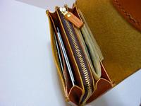 ブラウン色は 制作中・・・財布・・ファスナー式 - 手縫い革小物 paddy の作品箱