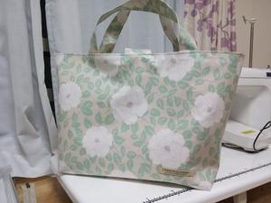 大人の花柄ラミネートバッグ - small garden ハンドメイドゆるゆる日記