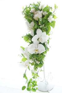 芍薬でブーケ・ド・マリエ - お花に囲まれて