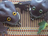 カエルのがま口*小さい焦げ茶色 追加 - 布と木と革FHMO-DESIGNS(えふえっちえむおーでざいんず)Favorite Hand Made Original Designs