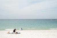 シーズン前のビーチにて - もぐらの散歩道