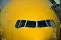 黄色い飛行機、黒い飛行機 - むーちゃんパパのブログ 3