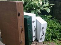 仕上げ段階に - 木工雑貨&布花 happy-house