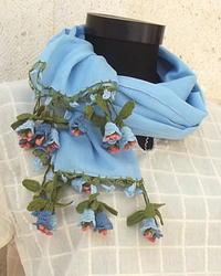 大人気「花のストール」再入荷しました - カッパドキアのデイジーオヤ・キリムバッグ店長日記