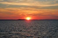 あかあかと夕焼け美しトラジメーノ湖 - ペルージャ発 なおこの絵日記 - Fotoblog da Perugia