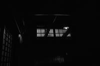 山滴る月 寫誌 ① 脇本陣の「虫籠窓」をモノクロで撮る - le fotografie di digit@l