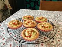 ポテトバジルのピザカップと今夜のワンプレート - カフェ気分なパン教室  ローズのマリ