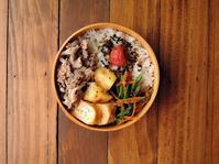 5/25(木)豚の塩だれレンチン蒸し弁当 - おひとりさまの食卓plus