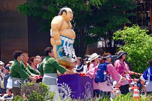 仙台市内二番町通り交差点付近青葉祭り「山車の曳行」 - フォトハウス in 福島
