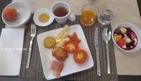 シャモニーのホテルの朝食♫ - アリスのトリップ