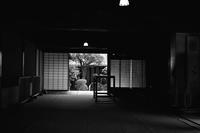 青葉月 寫誌 ㉔ 脇本陣「上段の間」をモノクロで撮る - le fotografie di digit@l