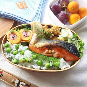 豆ごはんの鮭弁当と、久しぶりのちくちく - arare-day's 3rd