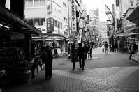 東京 2017 05 B&W #23 - Yoshi-A の写真の楽しみ