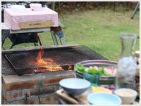 週末のお庭BBQは風が強くて、ちょっと肌寒かったけど、2わんずは大喜び\(>∀<)/ - さくらおばちゃんの趣味悠遊