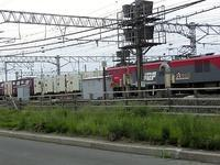 藤田八束の鉄道写真@青森貨物ターミナルにて貨物列車「金太郎」に逢う・・・金太郎とレッドベアがバトンタッチ - 藤田八束の日記