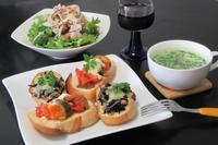 和洋二種類のブルスケッタ - Mme.Sacicoの東京お昼ごはん