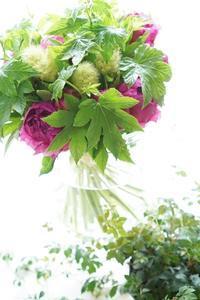 芍薬バンカーヒルでパリスタイル体験レッスン - お花に囲まれて