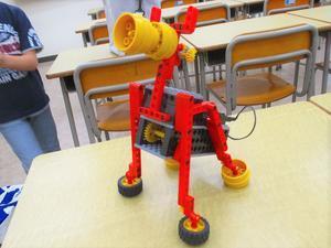 5月のロボット教室は! - 朝倉街道奮闘記(ちくしん本校)