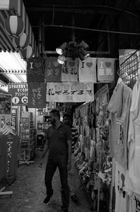 東京 2017 05 B&W #27 - Yoshi-A の写真の楽しみ