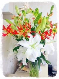 お花のある空間は癒しですね^^ - マツエク、小顔エステ、ジェルネイル,大須ビエルでお得に美しく