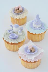 シーズナルレッスン 6月 ティータイムのカップケーキ のお知らせ - Misako's Sweets Blog アイシングクッキー 教室 シュガークラフト教室 フランス菓子教室 お菓子 教室