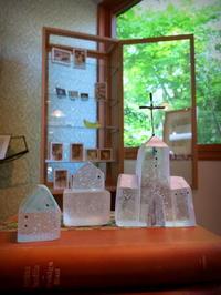新緑のハルニレテラス*素敵なガラスの展示会-Mellow Glass - ぴきょログ~軽井沢でぐーたら生活~