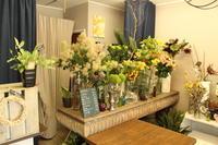 今日の店内  5.29 - 北赤羽花屋ソレイユの日々の花