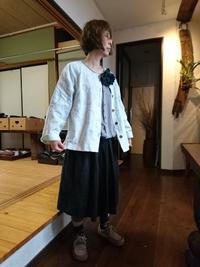 無色のジャケットにシャボン玉刺し子 - 古布や麻の葉